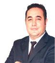 Ecevitin kasketi Etro gömleğe karşı