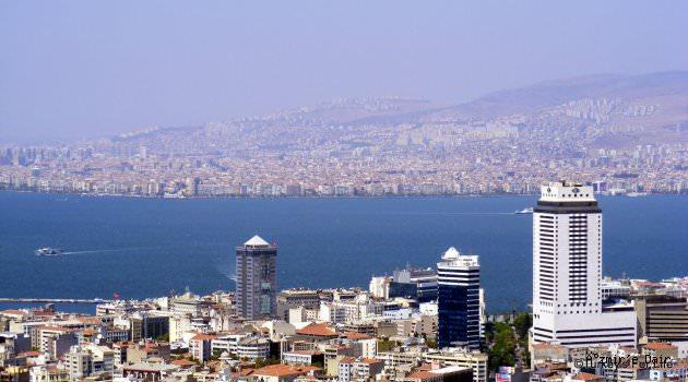Konut fiyatları İzmirde  aylık yüzde 0.51 arttı