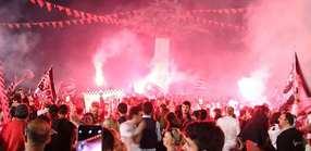 İzmirde Şampiyonluk Coşkusu